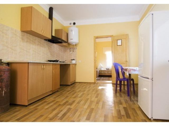 """Отдельный  домик""""Апартаменты"""" со своей кухней."""